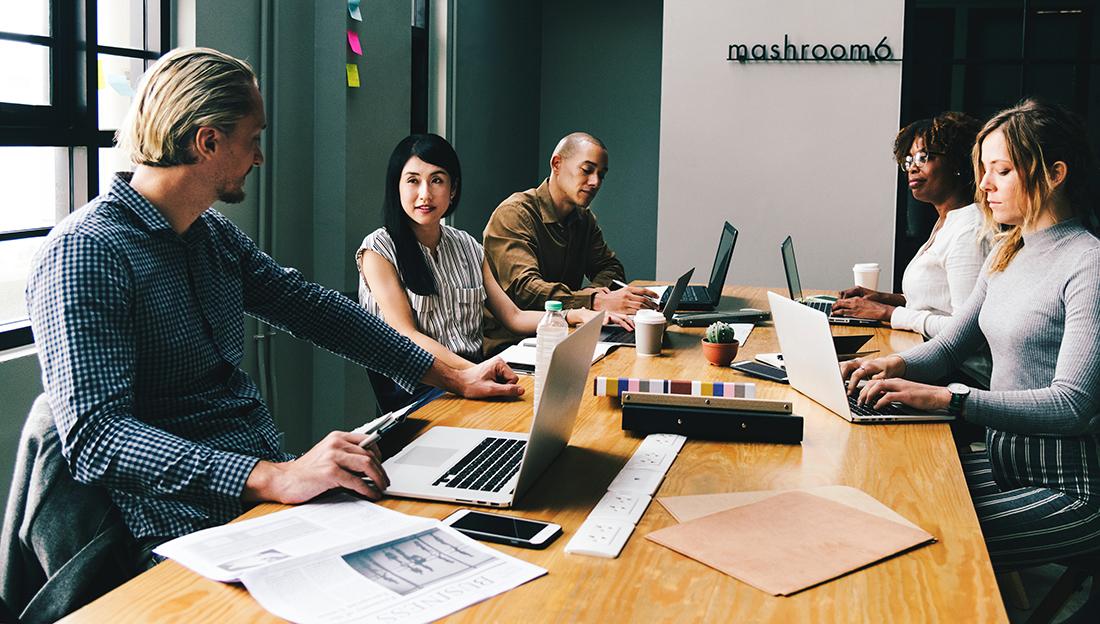 Digitaal vergaderen met vergadersoftware